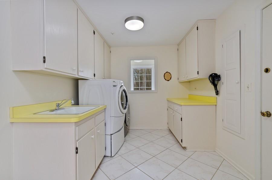 Real Estate Photography - 50 E Mallard Ln, Lake Forest, IL, 60045 - Laundry Room