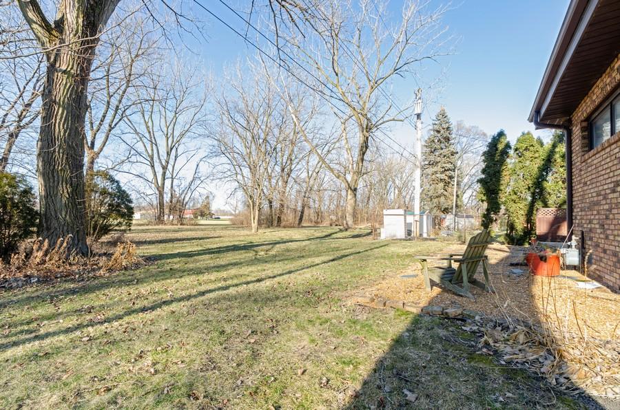 Real Estate Photography - 8146 Oakwood Ave, Munster, IN, 46321 - Back Yard