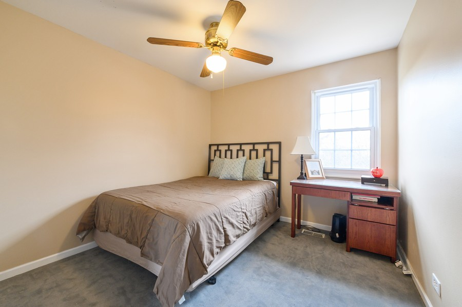 Real Estate Photography - 1345 Northhampton Lane, Roselle, IL, 60172 - 2nd Bedroom