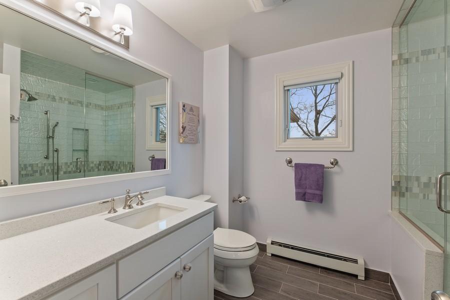 Real Estate Photography - 1136 Skokie Ridge Dr, Glencoe, IL, 60022 - 3rd Bathroom