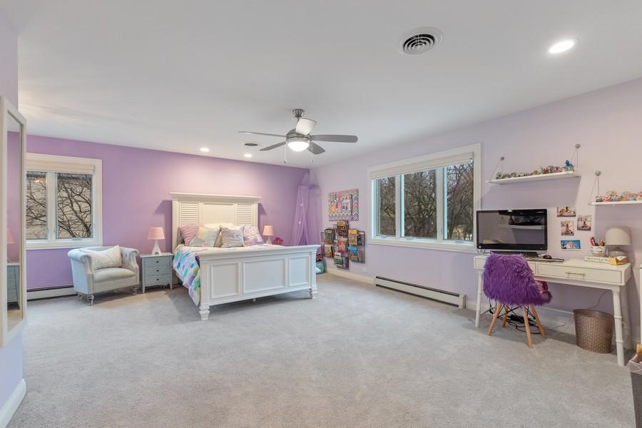Real Estate Photography - 1136 Skokie Ridge Dr, Glencoe, IL, 60022 - 2nd Bedroom