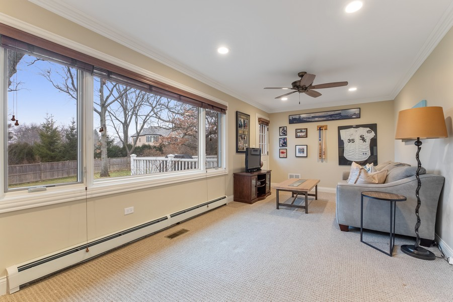 Real Estate Photography - 1136 Skokie Ridge Dr, Glencoe, IL, 60022 - Den