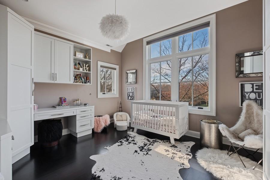 Real Estate Photography - 905 Oak Dr., Glencoe, IL, 60022 - 3rd Bedroom