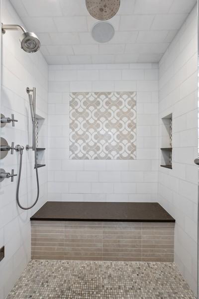 Real Estate Photography - 905 Oak Dr., Glencoe, IL, 60022 - Master Bathroom