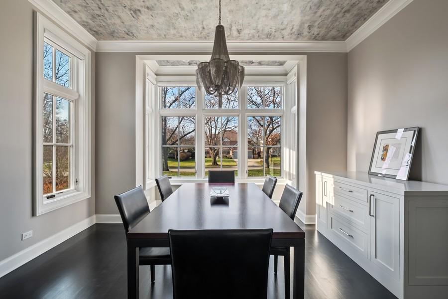 Real Estate Photography - 905 Oak Dr., Glencoe, IL, 60022 - Dining Room