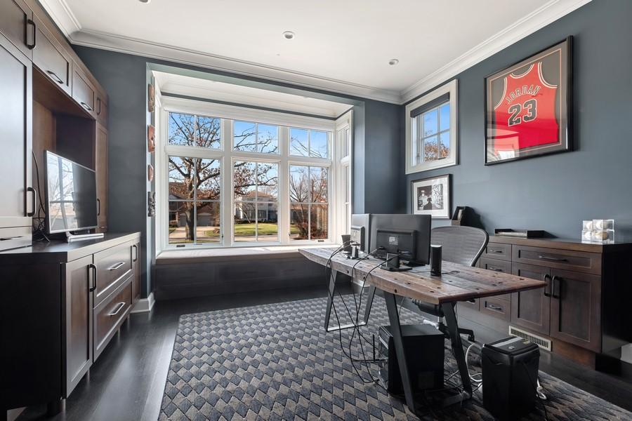 Real Estate Photography - 905 Oak Dr., Glencoe, IL, 60022 - Office