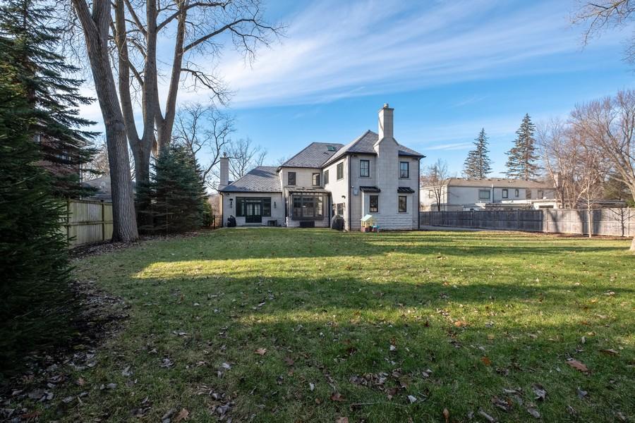 Real Estate Photography - 905 Oak Dr., Glencoe, IL, 60022 - Rear View