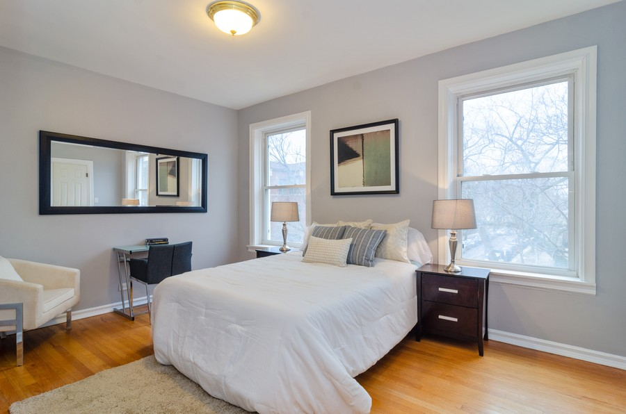 Real Estate Photography - 5000 N Glenwood #2, Chicago, IL, 60640 - 2nd Bedroom