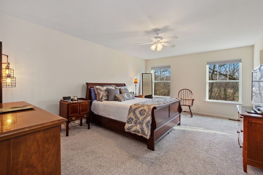 Real Estate Photography - 114 Flint Creek Court, Hawthorn Woods, IL, 60047 - Master Bedroom