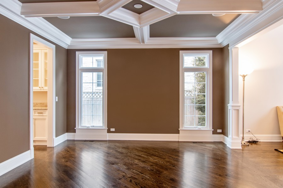 Real Estate Photography - 1001 Woodlawn Road, Glenview, IL, 60025 -