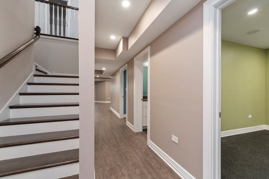 Real Estate Photography - 1001 Woodlawn Road, Glenview, IL, 60025 - Basement