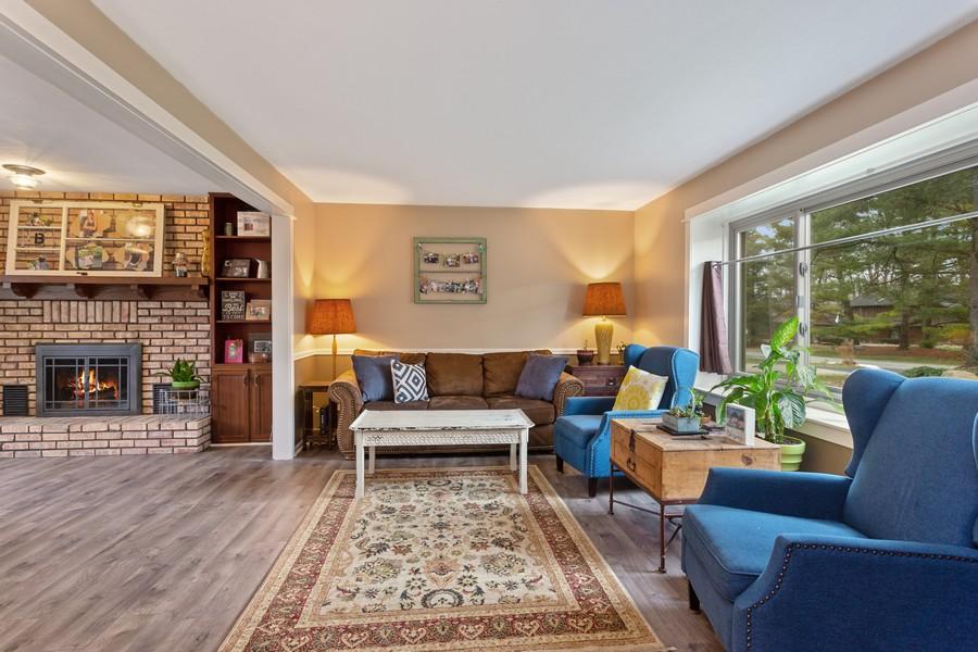 Real Estate Photography - 4234 Landings Lane, St Joseph, MI, 49085 - Living Room
