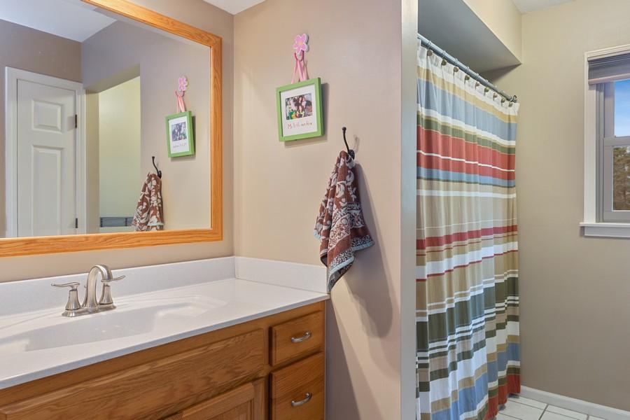 Real Estate Photography - 4234 Landings Lane, St Joseph, MI, 49085 - 2nd Bathroom