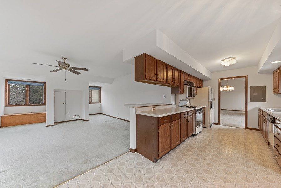 Real Estate Photography - 1663 N. Belmont Ct., Arlington Hts., IL, 60004 - Family Room / Kitchen