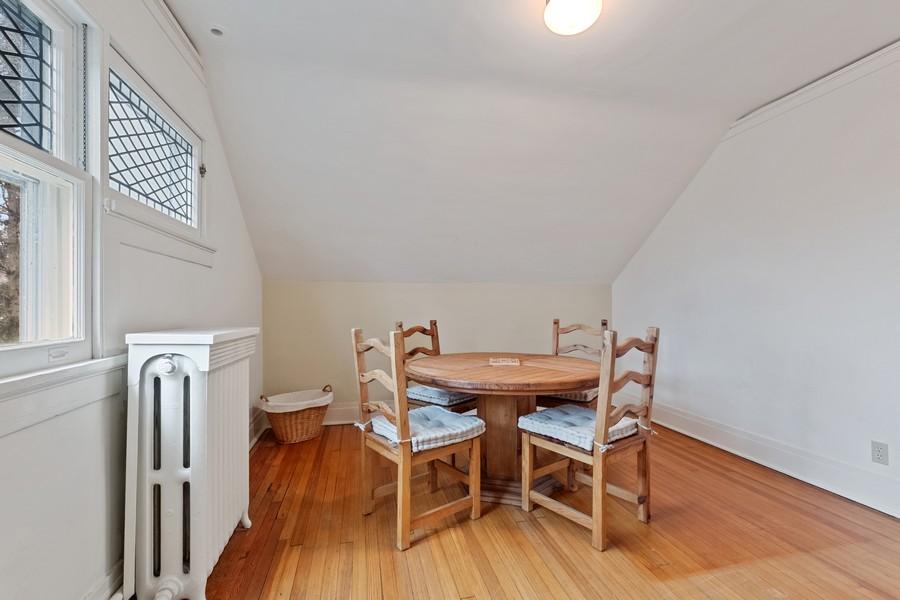 Real Estate Photography - 930 Michigan, Evanston, IL, 60202 - 5th Bedroom