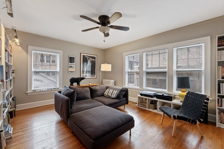 Real Estate Photography - 930 Michigan, Evanston, IL, 60202 - Coach House Living Room