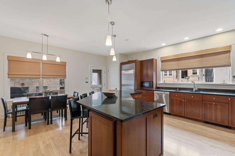 Real Estate Photography - 930 Michigan, Evanston, IL, 60202 - Kitchen