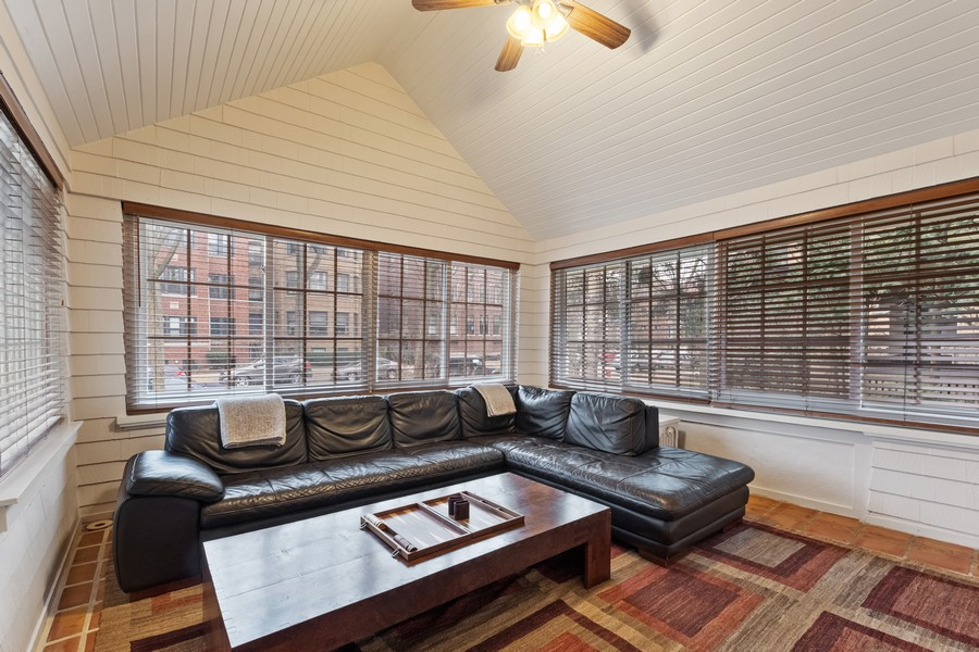 Real Estate Photography - 930 Michigan, Evanston, IL, 60202 - Family Room