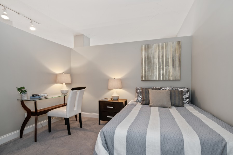 Real Estate Photography - 1001 W Madison St, Unit 611, Chicago, IL, 60607 - 2nd Bedroom