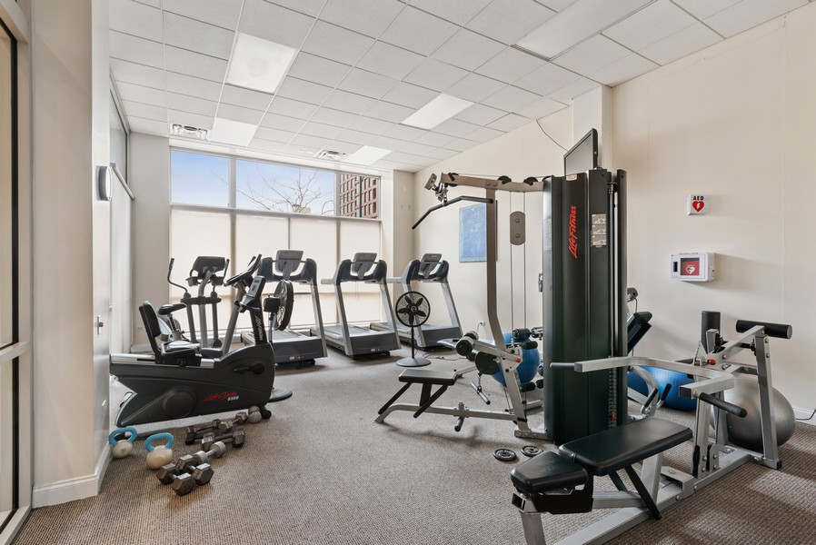 Real Estate Photography - 1001 W Madison St, Unit 611, Chicago, IL, 60607 - Exercise Room