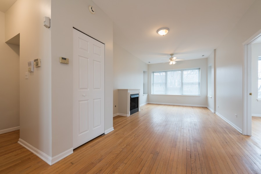 Real Estate Photography - 3110 W Belle Plaine Ave, Unit 3, Chicago, IL, 60618 - Foyer/Living Room