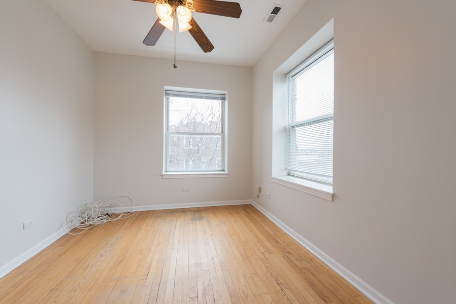 Real Estate Photography - 3110 W Belle Plaine Ave, Unit 3, Chicago, IL, 60618 - 2nd Bedroom