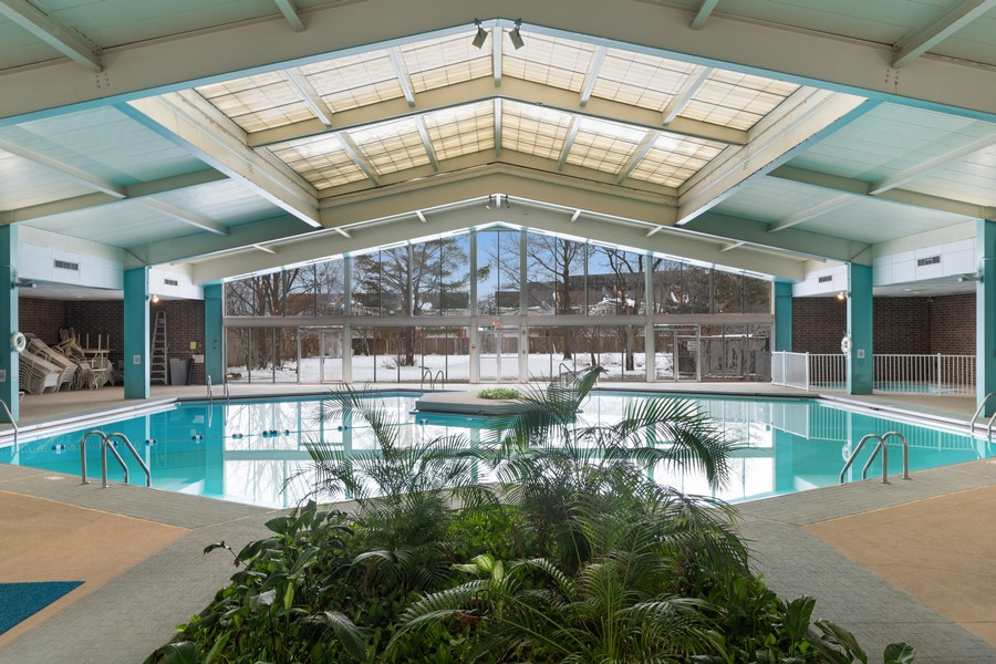 Real Estate Photography - 3925 Triumera Dr 12B, Glenview, IL, 60025 - Indoor Pool