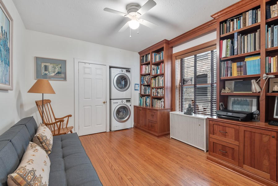 Real Estate Photography - 602 Sheridan Square, #1, Evanston, IL, 60202 - 2nd Bedroom