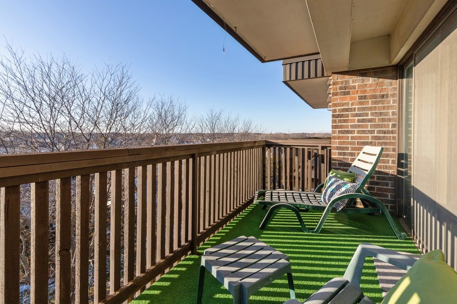 Real Estate Photography - 920 Vose, Apt 608, Gurnee, IL, 60031 - Balcony