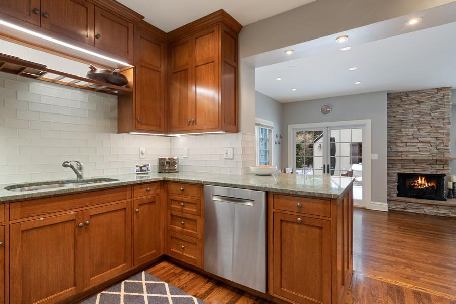 Real Estate Photography - 2501 Ridgeway Avenue, Evanston, IL, 60201 - Kitchen