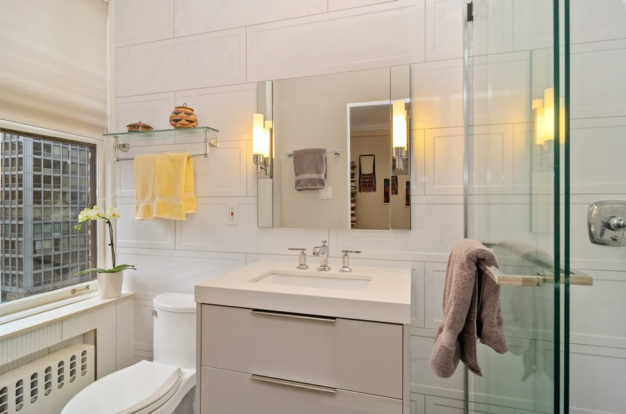 Real Estate Photography - 237 E Delaware Pl, Unit 7B, Chicago, IL, 60611 - Master Bathroom