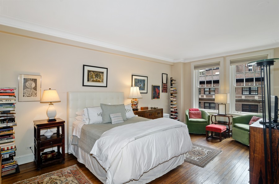 Real Estate Photography - 237 E Delaware Pl, Unit 7B, Chicago, IL, 60611 - Master Bedroom