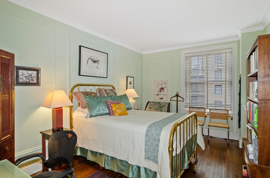 Real Estate Photography - 237 E Delaware Pl, Unit 7B, Chicago, IL, 60611 - 2nd Bedroom