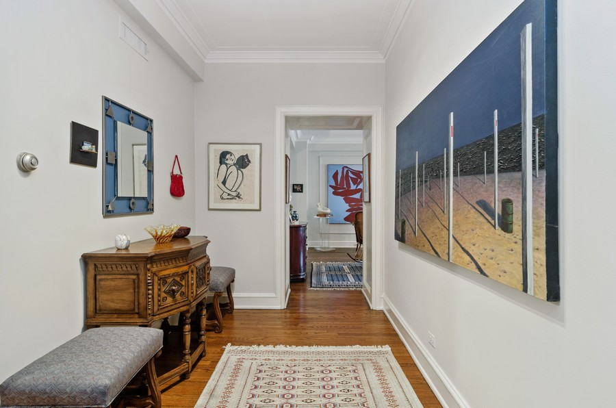 Real Estate Photography - 237 E Delaware Pl, Unit 7B, Chicago, IL, 60611 - Welcome to your new home (Foyer)