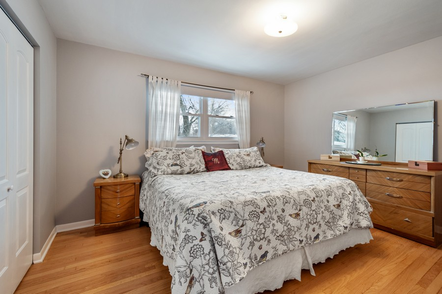 Real Estate Photography - 306 Alexis Ct, Glenview, IL, 60025 - Master Bedroom