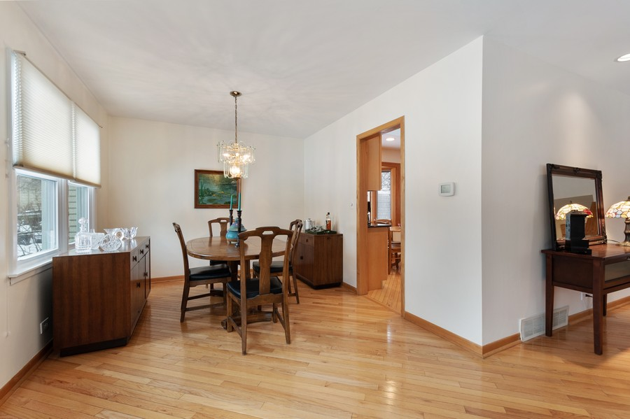 Real Estate Photography - 306 Alexis Ct, Glenview, IL, 60025 - Dining Room