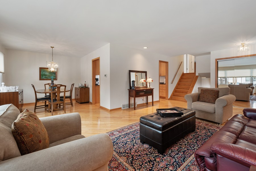 Real Estate Photography - 306 Alexis Ct, Glenview, IL, 60025 - Living Room / Dining Room