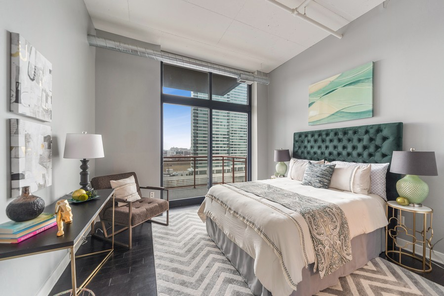 Real Estate Photography - 740 W. Fulton, #914, Chicago, IL, 60661 - Master Bedroom