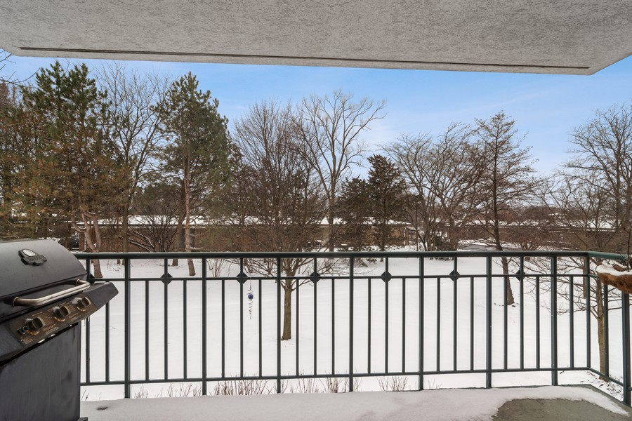 Real Estate Photography - 3100 Lexington Ln #110, GLENVIEW, IL, 60026 - View