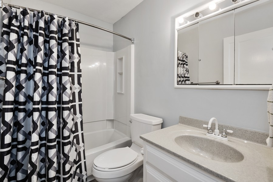 Real Estate Photography - 2612 Willa Drive, St. Joseph, MI, 49085 - Bath - Main Floor