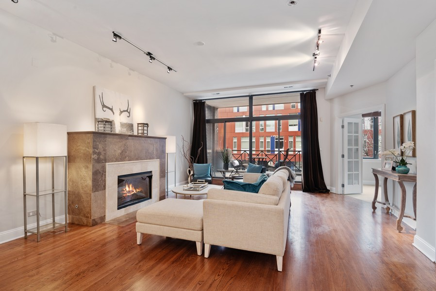 Real Estate Photography - 1520 N. Sedgwick #2A, Chicago, IL, 60610 - Living Room