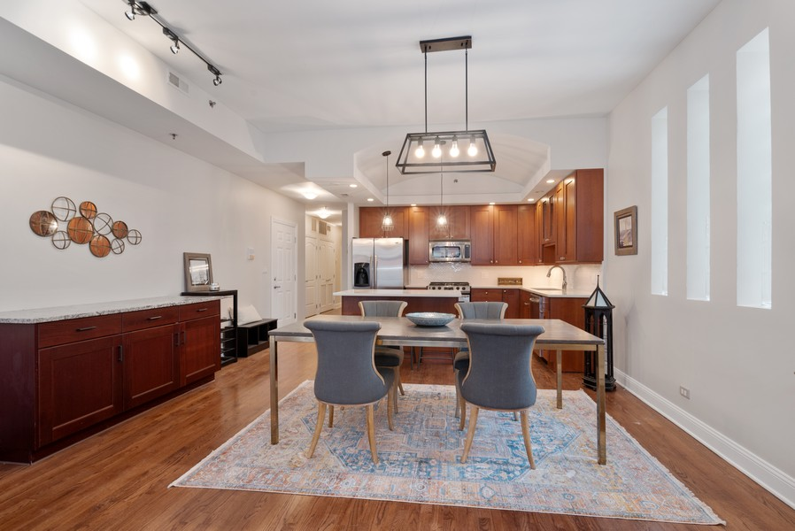 Real Estate Photography - 1520 N. Sedgwick #2A, Chicago, IL, 60610 - Kitchen/Dining