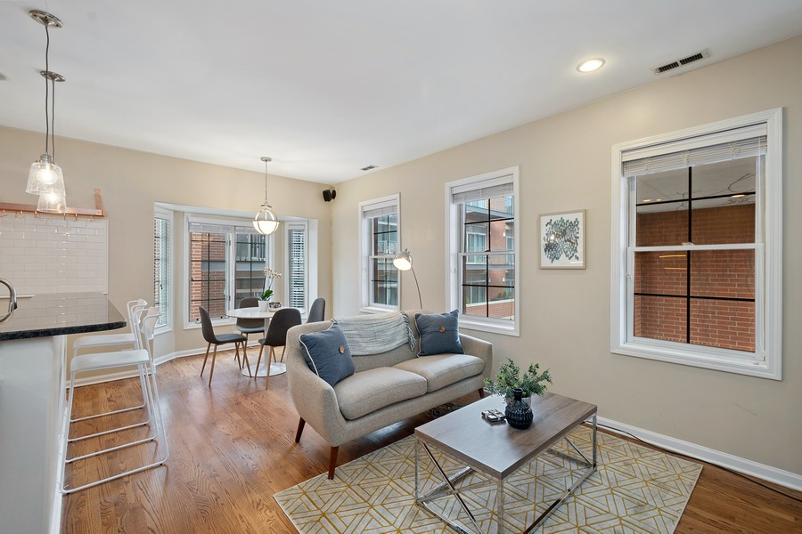 Real Estate Photography - 1034 W Monroe, Chicago, IL, 60607 - Living Room