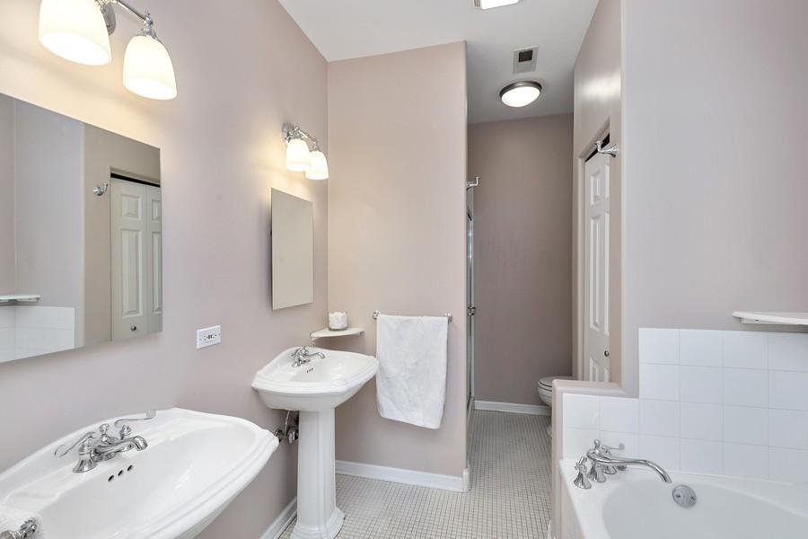 Real Estate Photography - 1034 W Monroe, Chicago, IL, 60607 - Master Bathroom
