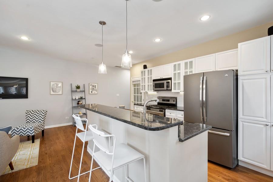Real Estate Photography - 1034 W Monroe, Chicago, IL, 60607 - Kitchen