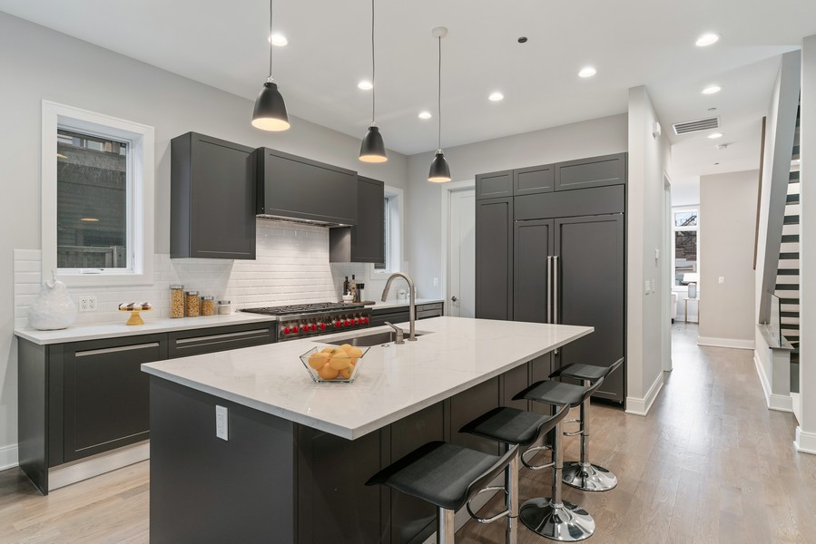 Real Estate Photography - 1860 N Maud Ave, Chicago, IL, 60614 - Kitchen