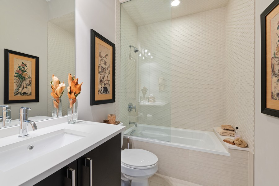 Real Estate Photography - 1335 N Bosworth, 1S, Chicago, IL, 60642 - 2nd Bathroom