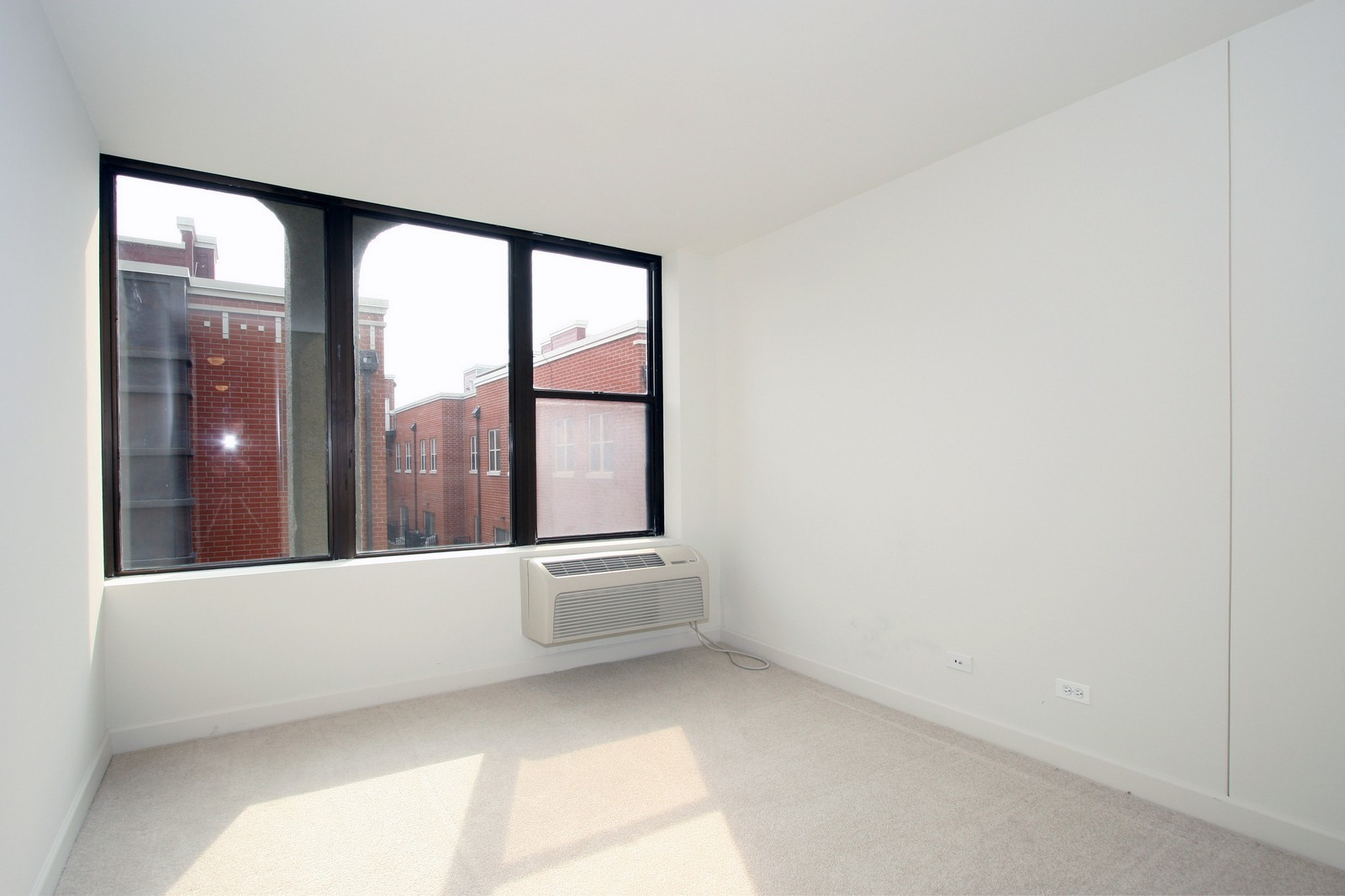 Real Estate Photography - 345 E. Eastgate Pl., 306, Chicago, IL, 60616 - Bedroom