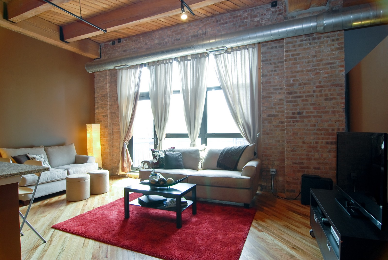 Real Estate Photography - 1040 W Adams, Unit 452, Chicago, IL, 60607 - Living Room