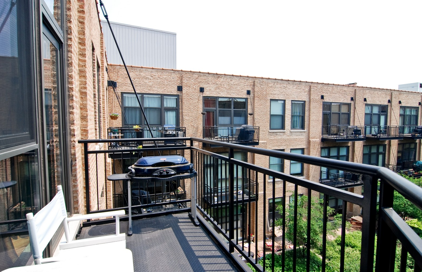 Real Estate Photography - 1040 W Adams, Unit 452, Chicago, IL, 60607 - Balcony
